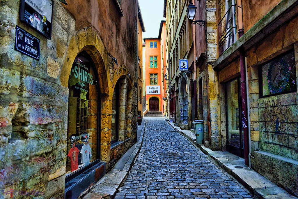 The narrow cobblestone streets of the old town of Lyon