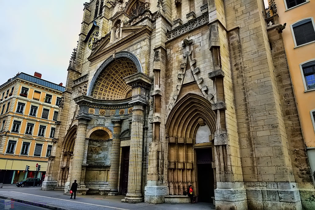 Entrance to the Saint-Nizier Church of Lyon