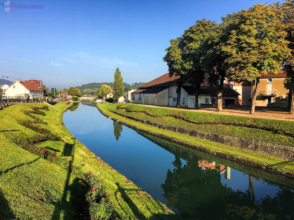 Burgundy Canal (Canal de Bourgogne) in Montbard, Burgundy