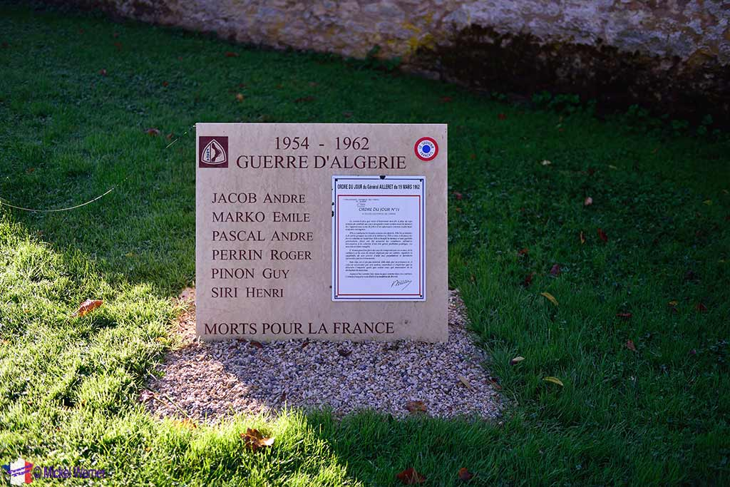 """Algerian wars """"monument"""" in front of the Saint-Urse church of the Montbard castle in Burgundy"""