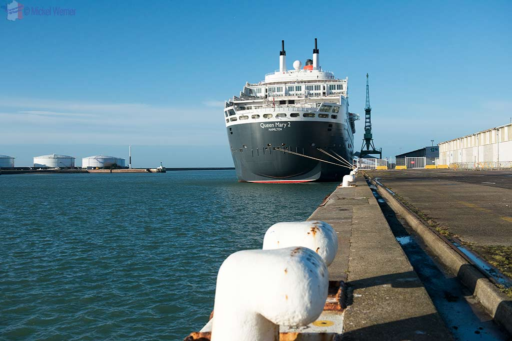 Queen Mary II cruise ship in Le Havre