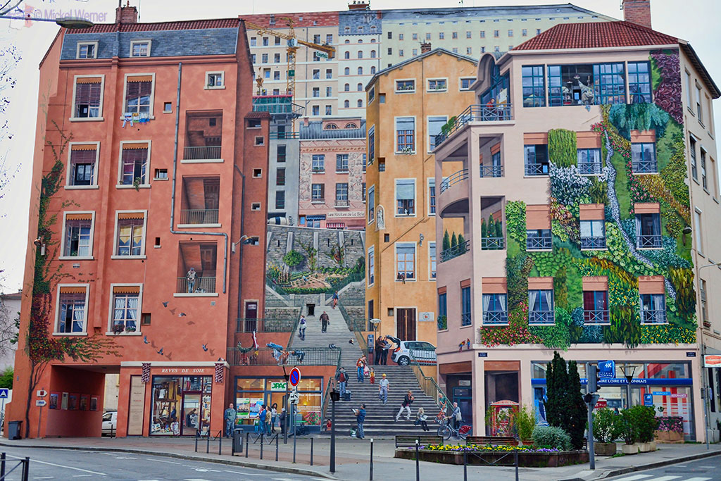 Lyon – The Amazing Mural Paintings – Travel Information ...