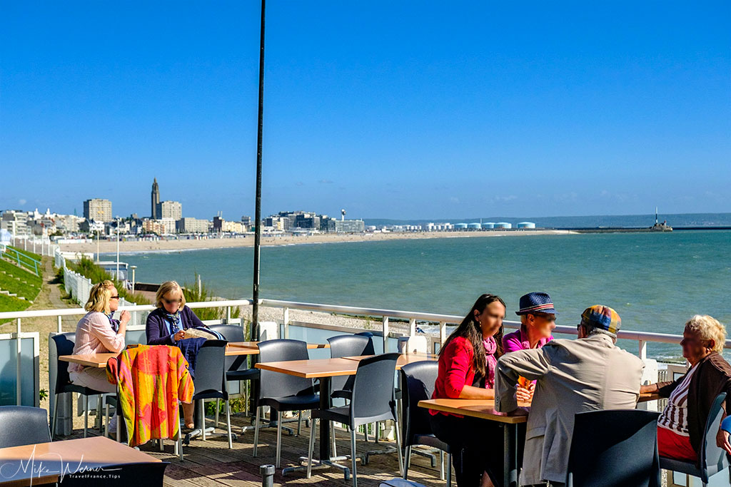 Today - Terraces have replaced gardens in Sainte-Adresse