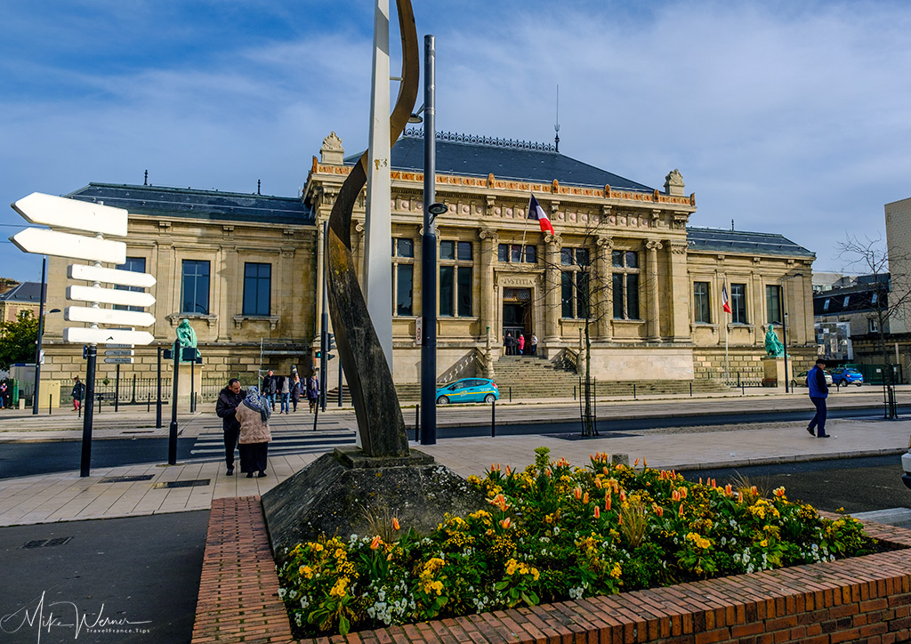 TODAY: Le Havre courthouse on Boulevard Strasbourg