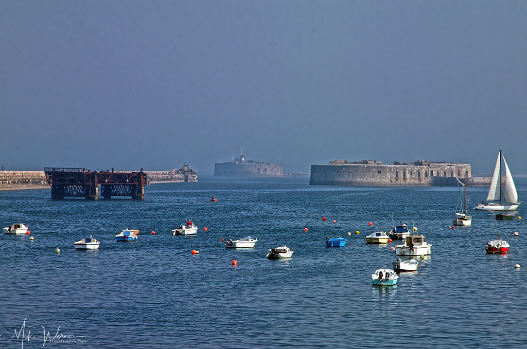 TODAY - The Cherbourg harbour forts